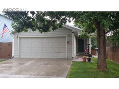 272 Wadsworth Cir Longmont, CO 80504