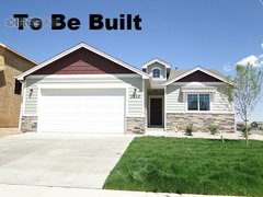 3211 Laguna Ct Evans, CO 80634