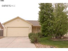 3008 Park View Dr Evans, CO 80620