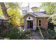 409 Seward St Lyons, CO 80540