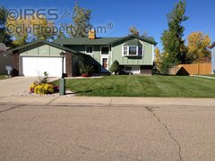 2536 Cambridge Dr Longmont, CO 80503